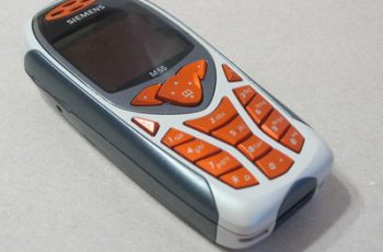 Siemens_M55_mobile_phone