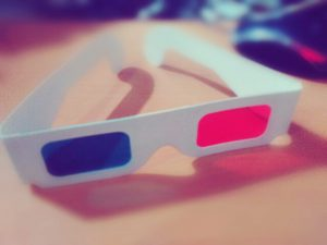 kacamata red cyan