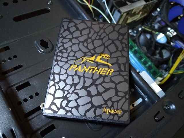 Pasang SSD di Komputer