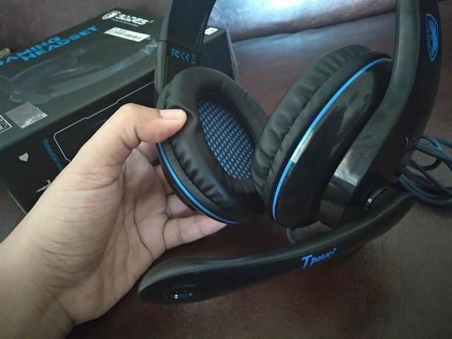 Mencoba Headset Sades SA-701